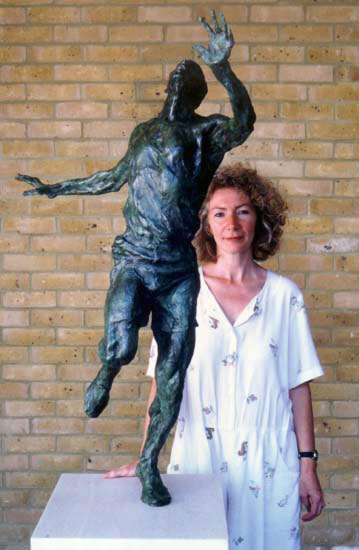 Lesley Pover and Eric Liddell Statue
