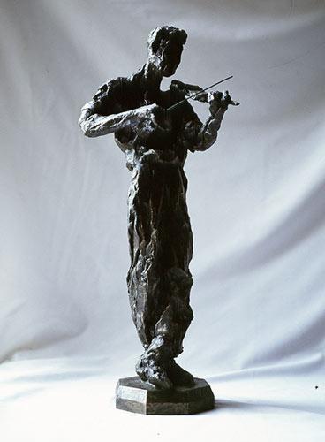 Lesley-Pover-violinist