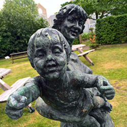 Mother-and-Child-lambeth-palace